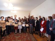 Մարզպետ Գաբրիել Գյոզալյանն ընդունեց ,, Զվարթնոց,, հայ երգի մրցույթ-փառատոնի  մասնակիցներին
