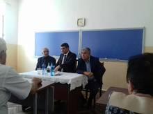 Մարզպետ Աշոտ Սիմոնյանը հանդիպեց Թալինի տարածաշրջանի դպրոցների տնօրենների հետ