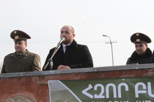 Մարզպետ Դավիթ Գևորգանը Բանակի օրվա առթիվ այցելել է ՀՀ ՊՆ N զորամաս
