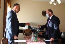 Մարզպետ Դավիթ Գևորգյանն ընդունել է «ԴՈՄ ՄՈՍԿՎԻ»  մոսկովյան մշակութագործարարական կենտրոնի գլխավոր տնօրեն Վահրամ Կարապետյանին